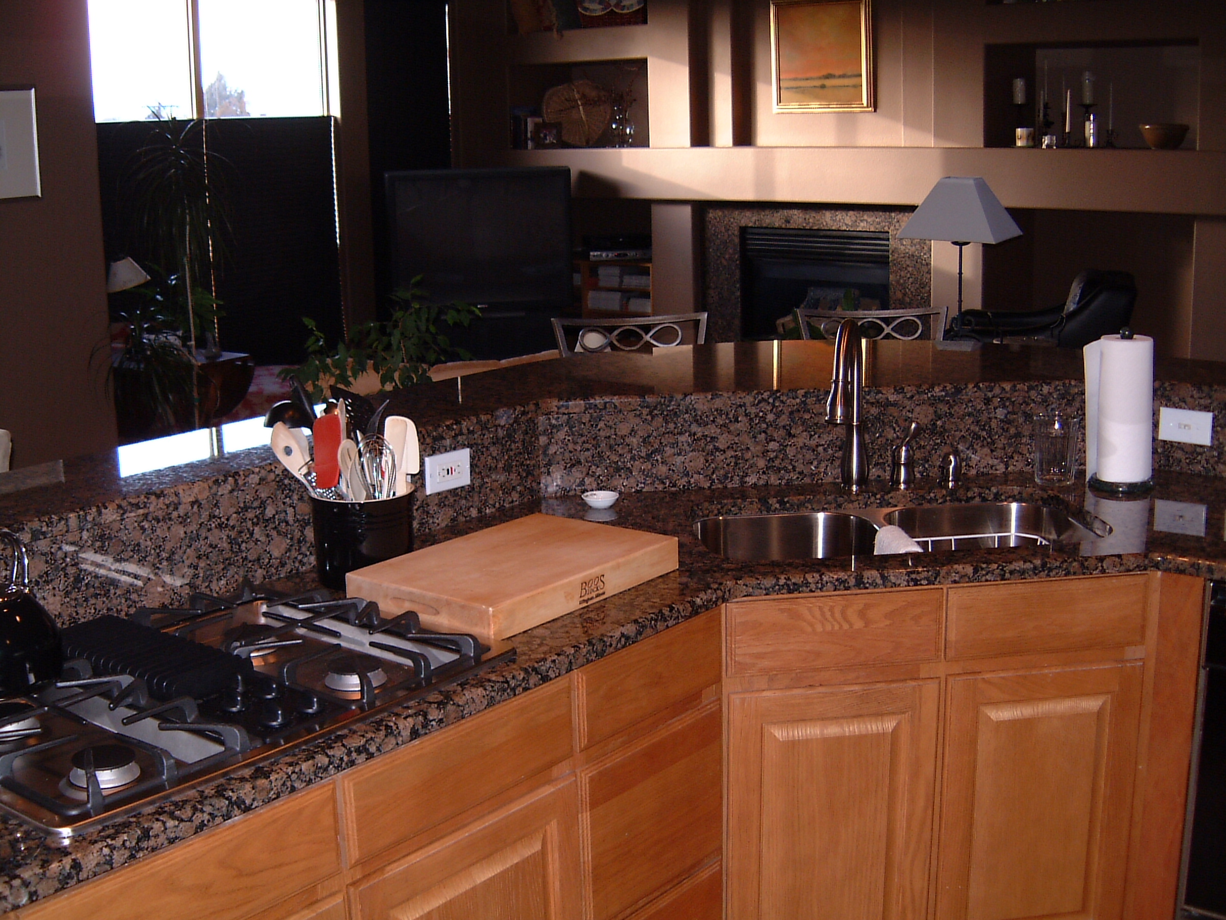 ... Dons Custom Longmont and Boulder Countertops and Cabinets 23a - Beautiful Open Living Kitchen Countertop &